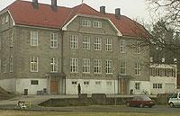 Hovedbygningen Våk skolehjem og gårdsbruk. Foto: NRK