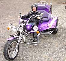 Jan Erik tester Trike Bike. (Foto: Bjørnar Fjeldvær)