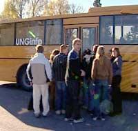 UngJobb på tur med bussen som skal hjelpe ungdommer.