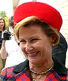 Dronning Sonja setter stor pris på sin kommende svigerdatter. (NRK-foto)