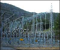 Koplingsanlegget ved Leirdøla kraftverk. (Foto: Ottar Starheim, NRK © 2003)