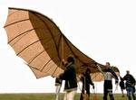 Roberts og Kimm tester flyvingen
