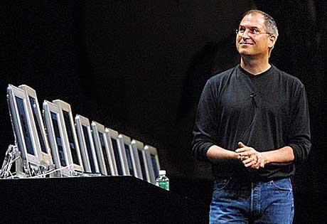 Steve Jobs tror han kan selge 100 millioner låter over nettet på ett år.  Foto: Getty Images.