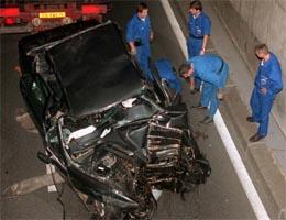 ULYKKE: Det var en ulykke som skjedde da limousinen Diana og Dodi Al Fayed satt i kræsjet i en tunnell i Paris i 1997, sier et øyenvitne. (Foto: AP/Scanpix)