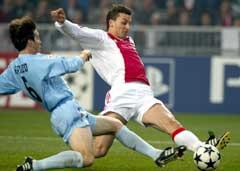 Zlatan Ibrahimovic scorer Ajax' vinnermål. (Foto: Reuters/Scanpix)