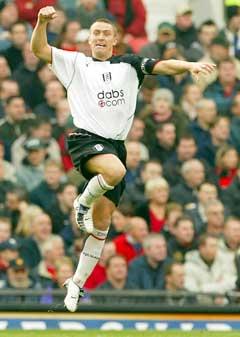 Lee Clark jubler etter å ha gitt Fulham 1-0. (Foto: Reuters/Scanpix)