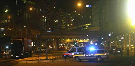 Områdene rundt Oslo S ble sperret av. Foto: Morten Holm/Scanpix