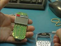 Flere hundre tusen mobiltelefoner blir sendt på verksted hvert år.