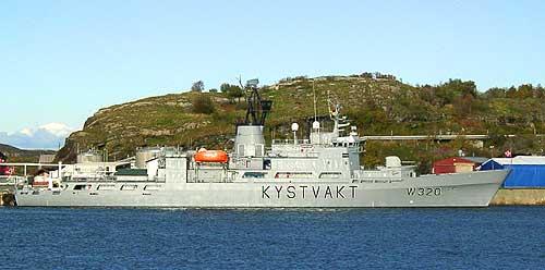 Kystvaktskipet Nordkapp ved kai i Bodø. Foto: Ivar Jensen, NRK.