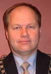 Ordførar Olav Olstad i Gausdal er positiv til to skular i heile kommunen.