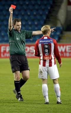Tromsøs Thomas Hafstad er en av de som har fått rødt kort i år. (Foto Knut Fjeldstad / SCANPIX)