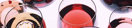 Føler du at vinkompetansen strekker seg til forskjellen på rød og hvit? Snart får du kanskje muligheten til å lære mer hos Vinmonopolet.