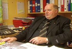 Ordfører Edmund Dahle i Sømna kommune angrer på at han lot seg lokke til å delta i pyramidespillet, slik omlag 150 sambygdinger har gjort. Foto: FBI