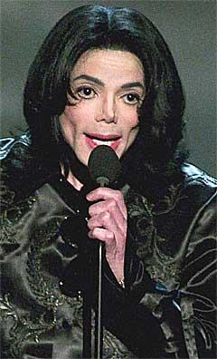 Jackos innsukne kinn under Radio Music Awards den 27. oktober. Foto: Ethan Miller, Reuters.