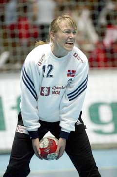 Cecilie Leganger vil fortsette i det norske målet. (Foto: Morten Rakke / Scanpix)