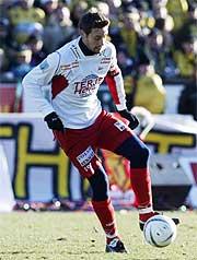 Fredrikstads Marcus Ringberg er skadefri og blir et viktig våpen mot Lillestrøm i kampen på Åråsen. Foto: Scanpix/Erik Johansen.