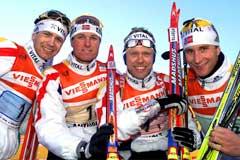 Det norske herrelaget vant stafetten i Anterselva i 2002. (Foto: AP/Scanpix)
