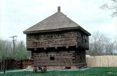 Trefortet fra 1839 er en av Fort Kents stoltheter. (Foto: Fort Kents hjemmeside)