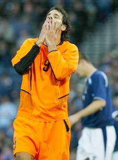 Ruud van Nistelrooy fikk lite til. (Foto: AFP/Scanpix)