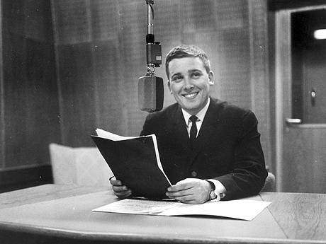 Vidar Lønn-Arnesen i studio 13. oktober 1965.(Foto: Aktuell / SCANPIX)