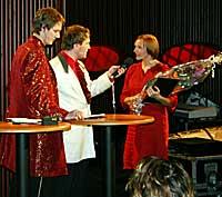 Kari Hesthamar fikk pris for årets beste radioprogram - et portrett av dikteren Kolbein Falkeid. (Foto: Jon-Annar Fordal)