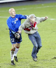 Frode Olsen måtte gjøre vaktenes jobb. (Foto: Terje Bendiksby / SCANPIX)