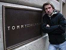 Håkon Haugsbø dro til New York, men Tommy Hilfiger ville ikke la seg intervjue. Foto: FBI