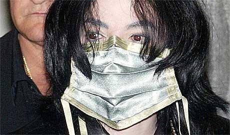 Er Michael Jackson gal eller vil vi at han skal være det? Foto: Jockel Finck, AP.