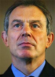 Mange briter tror rapporten vil rette knusende kritikk mot statsminister Tony Blair og hans regjering.