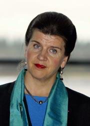 Avinor-direktør Randi Flesland krever mer penger av Stortinget. Foto: Knut Falch, Scanpix.