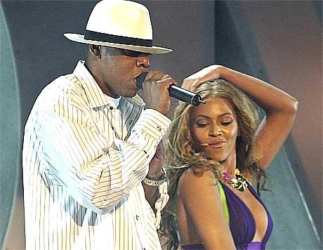 Nestkjærlighet: Er Jay-Z hip hoppens Robin Hood? Foto: Kevork Djansezian, AP.