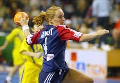 Ragnhild Aamodt holder høyt tempo både på og utenfor banen. (Foto: Morten Holm / SCANPIX)