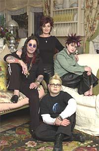 Ozzy, Sharon, Kelly og Jack i familien Osbourne. Foto: Michael Yarish, AP.