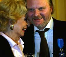 Skuespilleren Wenche Foss var en av gratulantene. Foto: Scanpix