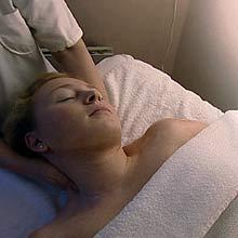Et gavekort på massasje faller i god smak hos de fleste. Foto: FBI