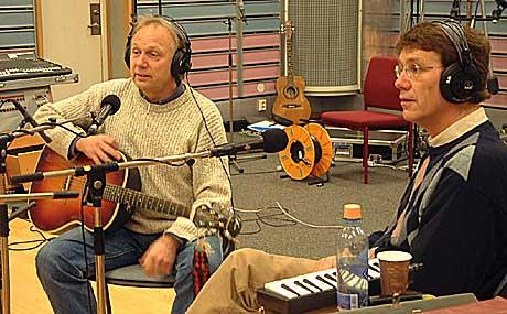 Knutsen og Ludvigsen, alias Øystein Dolmen og Gustav Lorentzen kommer til Øyafestivalen. Foto: NRK.