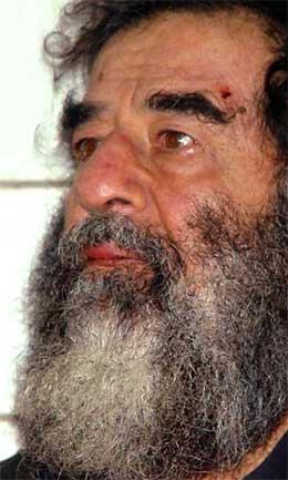 Saddam Hussein ble tatt til fange av amerikanske styrker utenfor Tikrit 13. desember.