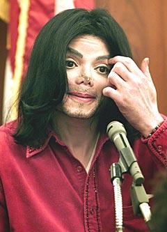 Michael Jackson skal besøke Storbritannia i julen, det liker ikke britene
