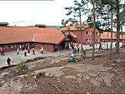 Gamlegrendåsen skole.