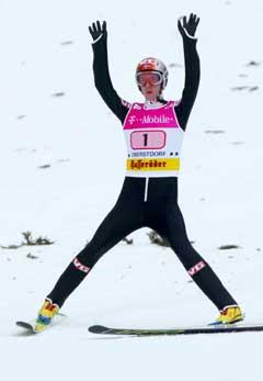 Sigurd Pettersen jubler etter seieren. (Foto: AP/Scanpix)