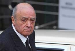Mohamad al Fayed kom til høringen i morges, men må nå vente på å få sønnens død gransket.