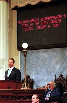 Den nyvalgte guvernøren Arnold Schwarzenegger vil rydde opp i Californias pengeproblemer. Foto: David Paul Morris, AFP/Scanpix.