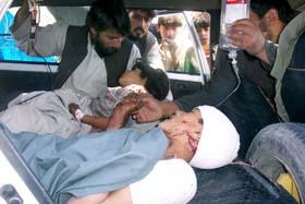 Bomben i Kandahar i går tok livet av mange barn. Foto: Maqsood Ghayal, AFP/Scanpix.