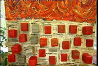 Her har Kristin laget et bilde basert på melkekartonger fra mennesker hun er glad i.