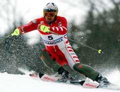 Giorgio Rocca vant slalåmrennet i Chamonix (Foto: AP/Scanpix)