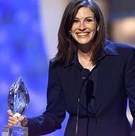 Julia Roberts har vant prisen i år for niende gang. Her fra utdelingen i 2001.