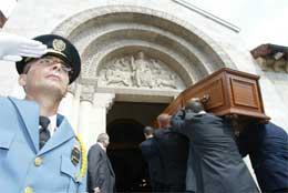 FNs spesialutsending Sergio Vieira de Mello var blant dem som ble drept i angrepet på FN-hovedkvarteret (Foto Scanpix/AFP)