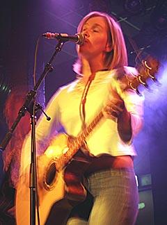 Karen Jo Fields er en av artistene som vil lide under utestengelse fra VG-lista. Foto: Promo.