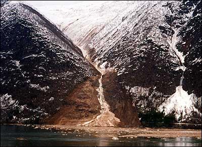 Raset i Vetlefjorden i 1994. (Foto © Olav L. Ulvestad)