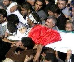 Nærmere 50 mennesker har mistet livet i de siste dagers sammenstøt i Midtøsten (Foto: APTN/BBC/JTV)
